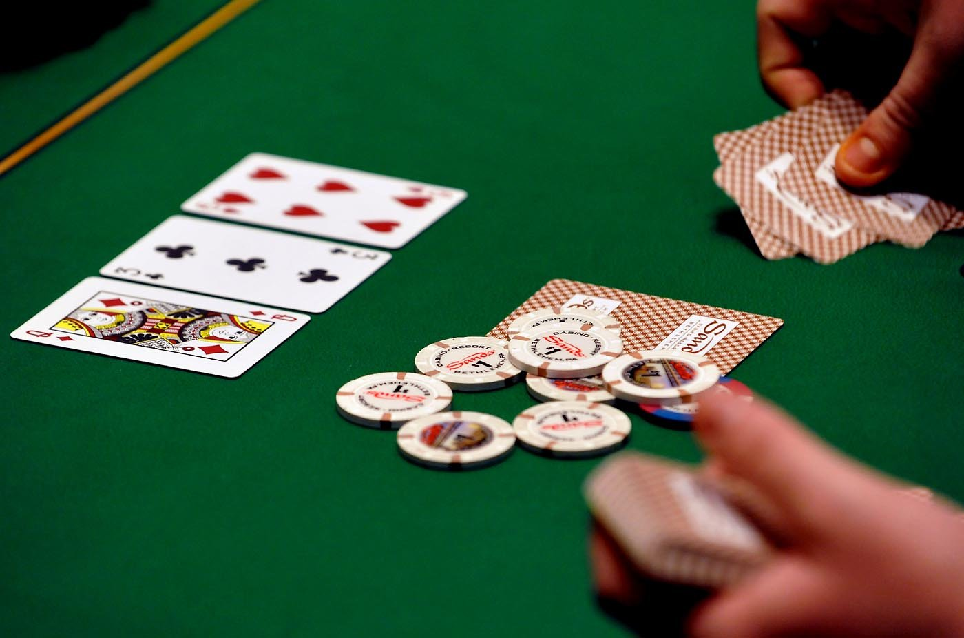 Card Marking-Cheating with Marked Cards in Blackjack Games